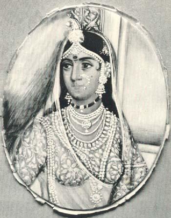rani laxmibai लक्ष्मीबाई गंगाधरराव नेवाळकर, म्हणजेच झाशीची राणी लक्ष्मीबाई.